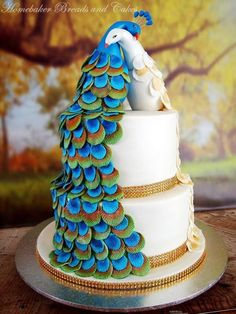 Peacock wedding cakes for wedding. wedding cake These Trend-Setting Peacock Wedding Cakes are Worth a Million Likes! Peacock Cake, Peacock Wedding Cake, Indian Wedding Cakes, Amazing Wedding Cakes, Peacock Wedding Dresses, Cake Wedding, Indian Weddings, Pretty Cakes, Beautiful Cakes