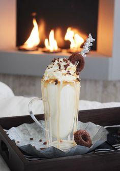 Caramel Bourbon Brownie Milkshake//