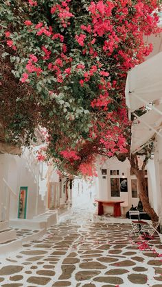 Travel Diary of Vacation Places, Dream Vacations, Italy Vacation, Honeymoon Destinations, Beautiful Places To Travel, Wonderful Places, Romantic Travel, Travel Itinerary Template, Travel Checklist