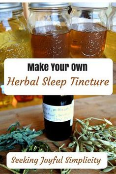 How to Make Your Own Herbal Sleep Tincture I enjoy using tinctures because they work quickly, are convenient, easy to use, and they last a long time. Making your own tinctures is real Natural Health Remedies, Herbal Remedies, Cold Remedies, Natural Remedies For Cold, Holistic Remedies, Herbal Tinctures, Herbalism, Natural Medicine, Herbal Medicine