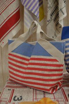 斜め持ち手のトートバッグ | コッカファブリック・ドットコム|布から始まる楽しい暮らし|kokka-fabric.com
