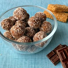 Dark chocolate, date and Weetbix bliss balls - VJ Cooks My Recipes, Baking Recipes, Snack Recipes, Snacks, Chocolate Slice, Chocolate Recipes, Healthy Sweet Treats, Healthy Desserts, Lolly Cake