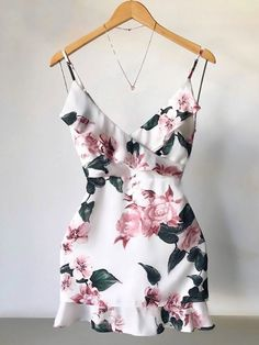 Sexy V Neck Dress Floral Mini Dress Ladies Ruffle Party Dresses Casual Trendy Dresses, Cute Dresses, Beautiful Dresses, Casual Dresses, Mini Dresses, Ball Dresses, Party Dresses, Cute Casual Outfits, Stylish Outfits