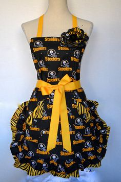 Womens Full Apron Pittsburg Steelers  by OliviabyDesign on Etsy, $33.95 in packers!