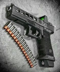 @gunsfanatics @metalhead_1 #badass #gunporn #glock #metalhead #Regrann #fullyloaded #pewpew #rangelife #rangeday #vets #pewpewlife #gunsrule #2ndamendment