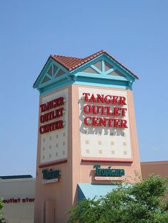 I LOVE the Tanger Outlet Mall in Foley, Alabama!  I can hear Gulf Shores calling my name.  I need some beach time.