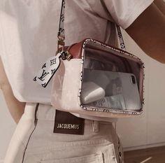 fashion, Louis Vuitton, and bag image Fashion Handbags, Purses And Handbags, Fashion Bags, Fashion Accessories, Fashion Outfits, Womens Fashion, High Fashion, Fashion Ideas, Mode Ootd
