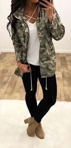 Here is Camo Outfit Gallery for you. Camo Outfit girls jumpsuit camo outfit for girls camouflage boutique. Camo Outfit camo oversized t s. Komplette Outfits, Cardigan Outfits, Casual Outfits, Cute Camo Outfits, School Outfits, Fashion Outfits, Outfits With Camo Jacket, Cargo Jacket Outfit, Jacket Style
