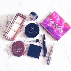 #ausbeautyaddicts #bbloggerau #instabeautyau #igbeauty #igmakeup #beautyguru #ausbeauty #makeupflatlay #makeupbloggers #makeupcollection #beautyaddict #beautyblog #bloggersunitedau #beautyblogger #makeupcommunity #makeupobsessed #beautyflatlay #beautyjunkie #beautylover #blushes #ausbeautybabes #sharingthelove #makeupofinstagram #beautyobsessed #discoverunder100k #likesforlikes #stylediary #styledaily #fashionbeauty #lipsticklovers