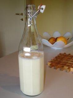 Crema di #liquore al cioccolato bianco (NO Bimby) puoi farla anche senza alcool per i bimbi