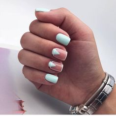 Simple Line Nail Art Designs You Need To Try Now line nail art design, minimalist nails, simple nails, stripes line nail designs Dream Nails, Love Nails, Perfect Nails, Gorgeous Nails, Stylish Nails, Trendy Nails, Nail Manicure, Gel Nails, Mint Nails