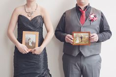 Cool wedding photo idea: posing with your parents' wedding photo