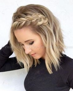 Medium Length Hairstyles With Side Braid ★ Love medium layered haircuts? Lots of ideas for thin and thin hair, styles for straight and curly hair texture, trending hairstyles with bangs and many inspo cuts are here! # side Braids with bangs Hairstyles With Bangs, Straight Hairstyles, Braided Hairstyles, Cool Hairstyles, Trending Hairstyles, Layered Hairstyles, Vintage Hairstyles, Hairstyle Ideas, Cute Medium Length Hairstyles