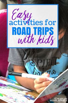 Easy kids road trip activities that will make sure your kids stay busy on your long drive. Save time on your road trip prep with these books and other activity ideas. Road Trip With Kids, Family Road Trips, Travel With Kids, Family Travel, Road Trip Activities, Road Trip Games, Free Activities, Road Trip Packing, Road Trip Essentials