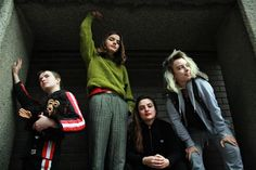 London band Goat Girl announce debut LP, playing NYC & SXSW (listen to 2 songs) New Bands, Post Punk, World Music, Girl Bands, Debut Album, Pop Music, News Songs, Punk Rock, Comedians