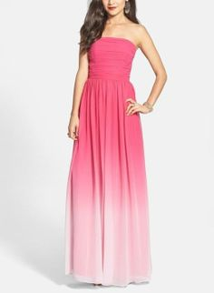 Adoring this pink ombré gown for prom.