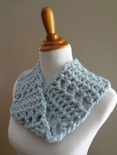 Fiber Flux...Adventures in Stitching: Free Crochet Pattern...Cloudy Sky Mobius Cowl!