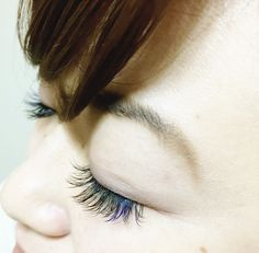 Eyelash blue for a point