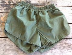 Check out this item in my Etsy shop https://www.etsy.com/listing/386366904/vintage-retro-estate-olive-green