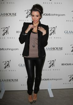 Kim Kardashian Love her outfit