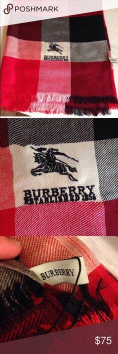 Burberry shawl scarf Burberry scarf shawl Burberry Accessories Scarves & Wraps