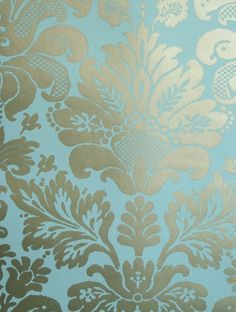 The wallpaper Campbell Damask - from Nina Campbell is wallpaper with the dimensions m x 10 m. The wallpaper Campbell Damask - belongs Silver Wallpaper, Damask Wallpaper, New Wallpaper, Designer Wallpaper, Paintable Wallpaper, Beautiful Wallpaper, Wallpaper Ideas, Nina Campbell Wallpaper, Blue And Silver