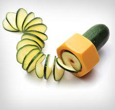 Cucumbo: A Cucumber Spiral Slicer