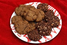 Crunchy and chewy, these almond butter espresso cookies are made with one bowl and only six ingredients. Gluten-free and vegan! Freezer Cookies, Freezer Food, Bird Food, Gluten Free Cookies, Holiday Cookies, Almond Butter, Healthy Alternatives, Cookie Recipes, Espresso