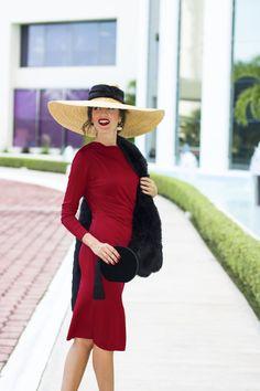 Invitada boda invierno otoño tocado estola iberostar. Patricia Gonzalez ·  mujeres con sombrero c2b5b0dc1f32