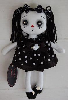 gothic raggedy ann dolls | ON SALE Suzie Ann, Raggedy Annie Goth primitive folk art Doll SALE