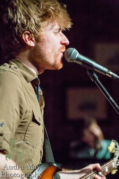Tommy Siegel of Jukebox the Ghost at Arch Street Tavern, 2013