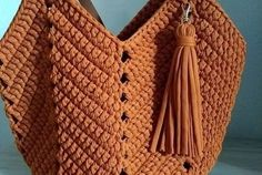 Straw Bag, Tatting, Sewing, Crochet, Totes, Beach Playsuit, Handmade Bags, Crochet Bags, How To Make Crafts