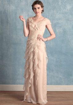 Margarete In Sand | Modern Vintage Bridal Dresses | Modern Vintage Bridal :O can this be my prom dress??
