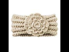 Crochet Headbands Crochet Ear Warmers with Flowers Bandeau Crochet, Knit Or Crochet, Crochet Scarves, Crochet Crafts, Yarn Crafts, Crochet Baby, Knitted Headband, Knitted Hats, Crochet Headbands