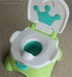 What I Learned from Potty Training Our Son - potty training tips | Life After Laundry