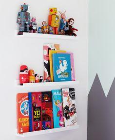 nesting dolls on little ikea shelves Ikea Hack, Picture Shelves, Picture Ledge, Deco Originale, Kids Bookcase, Boys Bedroom Decor, Kids Storage, Storage Ideas, White Box