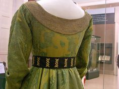 Mary of Burgundy's gown - back closeup by taryneast, via Flickr