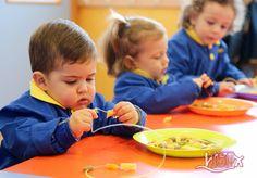 P1 #BabygardenISP: coordinación oculo-manual. #EstimulaciónTempranaISP #InteligenciasMúltiplesISP  colegiosisp.com