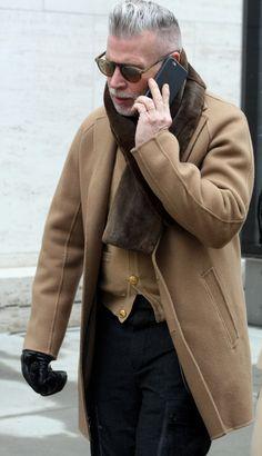 Nick Wooster after Richard Chai Studio Show Clara Ungaretti Boy Fashion, Fashion Art, Winter Fashion, Mens Fashion, Street Style Around The World, Nick Wooster, Bohemia Style, Prep Style, Instagram Fashion