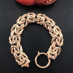 Vintage Italian 14K Yellog Gold Link Bracelet by mountainofjewels on Etsy #goldbracelet #goldbraceletsjewelry  #14kyellowgoldwomensbracelets