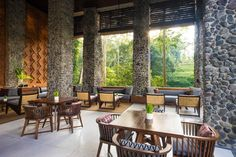 Enjoy Ubud accommodation at one of the best Bali Ubud hotels consisting of infinity pool overlooking Ayung River valley, art gallery, library, sculpture garden and more.