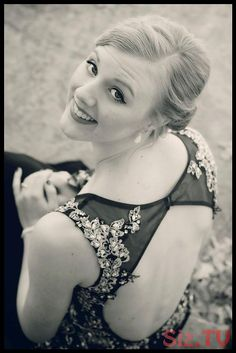 Female portrait - prom picture ideas - black and white - homecoming - formal wear photography Prom Pictures Couples, Homecoming Pictures, Prom Couples, Wedding Couple Photos, Homecoming Ideas, Teen Couples, Bff Pictures, Couple Shoot, Prom Picture Poses