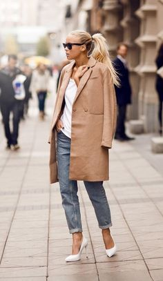 Blogger Victoria Tornegren of I'm Next does the classic cape-as-coat
