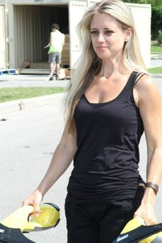 Sexy pictures of nicole curtis