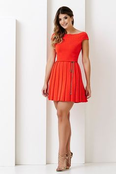 Risultati immagini per trend alert looks Cute Dresses, Beautiful Dresses, Casual Dresses, Short Sleeve Dresses, Summer Dresses, Skirt Fashion, Fashion Dresses, Dress Skirt, Dress Up