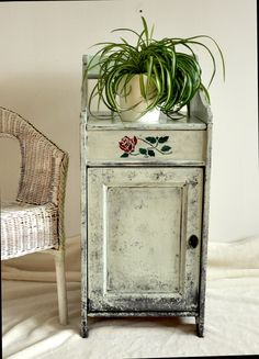 Shabby, Etsy Shop, Diy, Moving Home, Old Furniture, Valentines Day, Craft Gifts, Closet, Repurpose