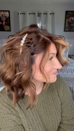 Short Hair Dos, Formal Hairstyles For Short Hair, How To Curl Short Hair, Cute Hairstyles, Short Hairstyles For Wedding Bridesmaid, Short Hair Ponytail Hairstyles, Short Hair Updo Easy, Beach Hairstyles Medium, Cute Medium Length Hairstyles