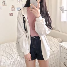 this is my style Korean Girl Fashion, Korean Fashion Trends, Korean Street Fashion, Ulzzang Fashion, Cute Fashion, Cute Casual Outfits, Retro Outfits, Simple Outfits, Stylish Outfits