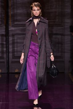http://www.vogue.com/fashion-shows/spring-2017-ready-to-wear/nina-ricci/slideshow/collection