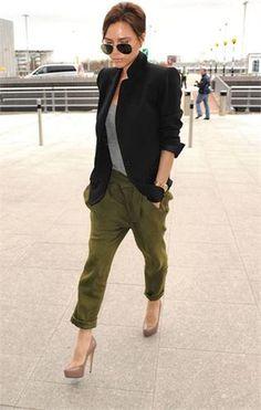 Victoria in einer sehr schönen Kombination. Sieht lässig und cool aus.